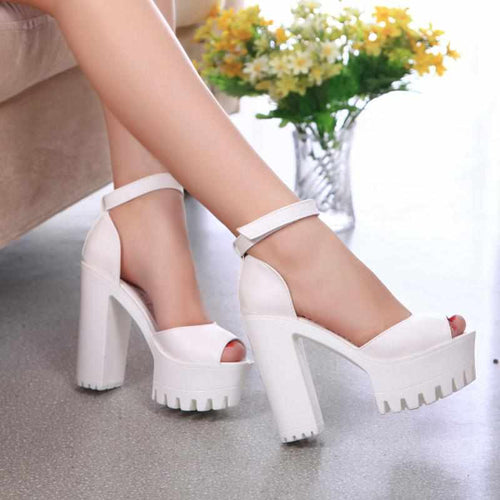 """Baby Girl"" Platform Sandals - Kawaii Nation"