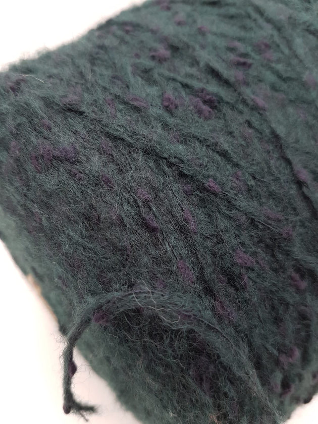Soft lambs wool mix yarn | Teal with purple dots | DK