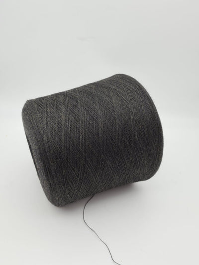 90% Merino, 10% Cashmere by Loro Piano | Black with brown shade | Super Lace