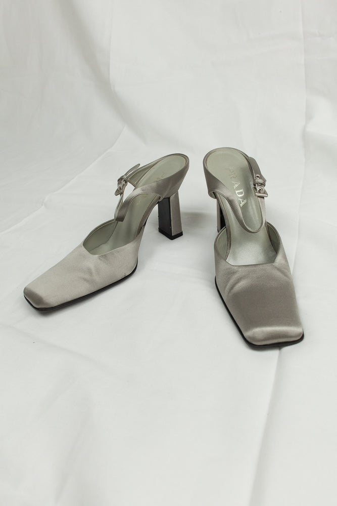 1990s Metallic Silver Square Toe Mules / 39