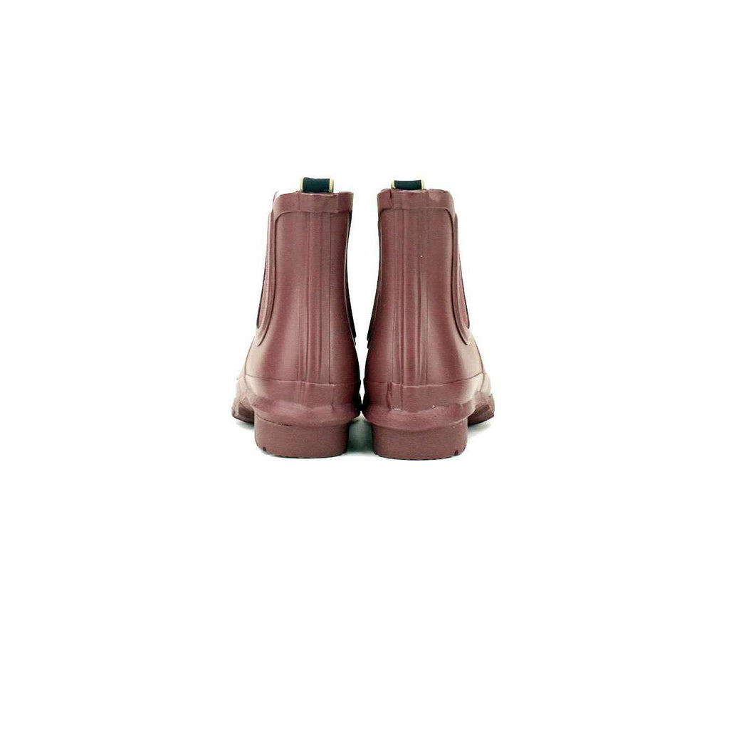 All weather Chelsea boot, made from rubber