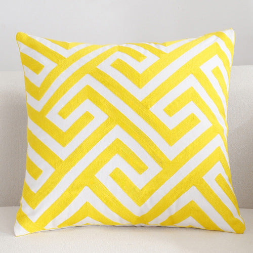Scandinavian embroidery cushion cover - yellow - Maze - Indimode