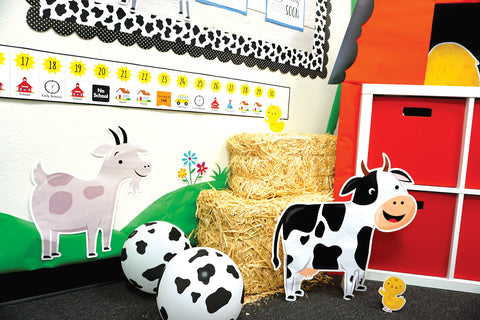 farm friends classroom with linear calendar