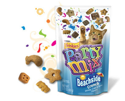 Friskies Party Mix Beachside Crunch Cat Treats