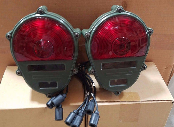 (2)008801625 HMMWV M998 M151A2 M800 M35A2 Humvee Rear Tail  Military Truck Light