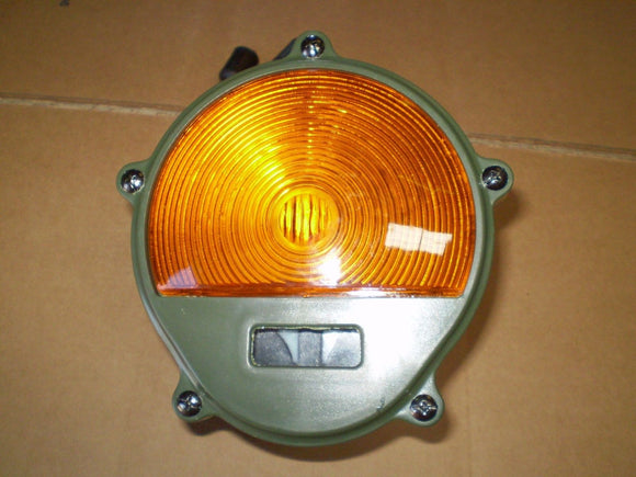 M35A2,M54,M800,M90 2.5 Ton HMMWV Front Amber TURN SIGNAL Parking Light 11614156