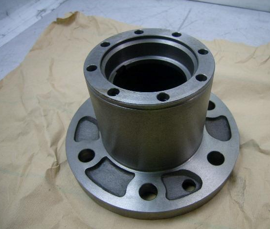 M35A2 2.5 Ton Wheel Hub Assembly 10896708 2530-00-176-7859