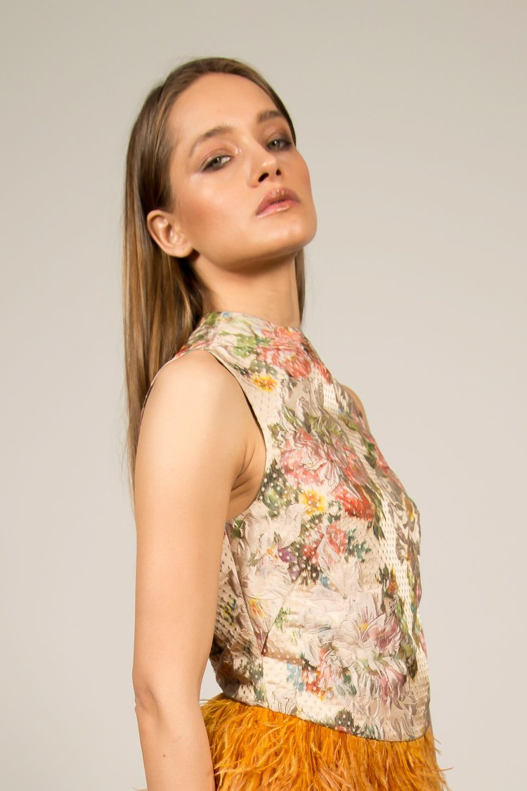 Floral Top With Unique Cut