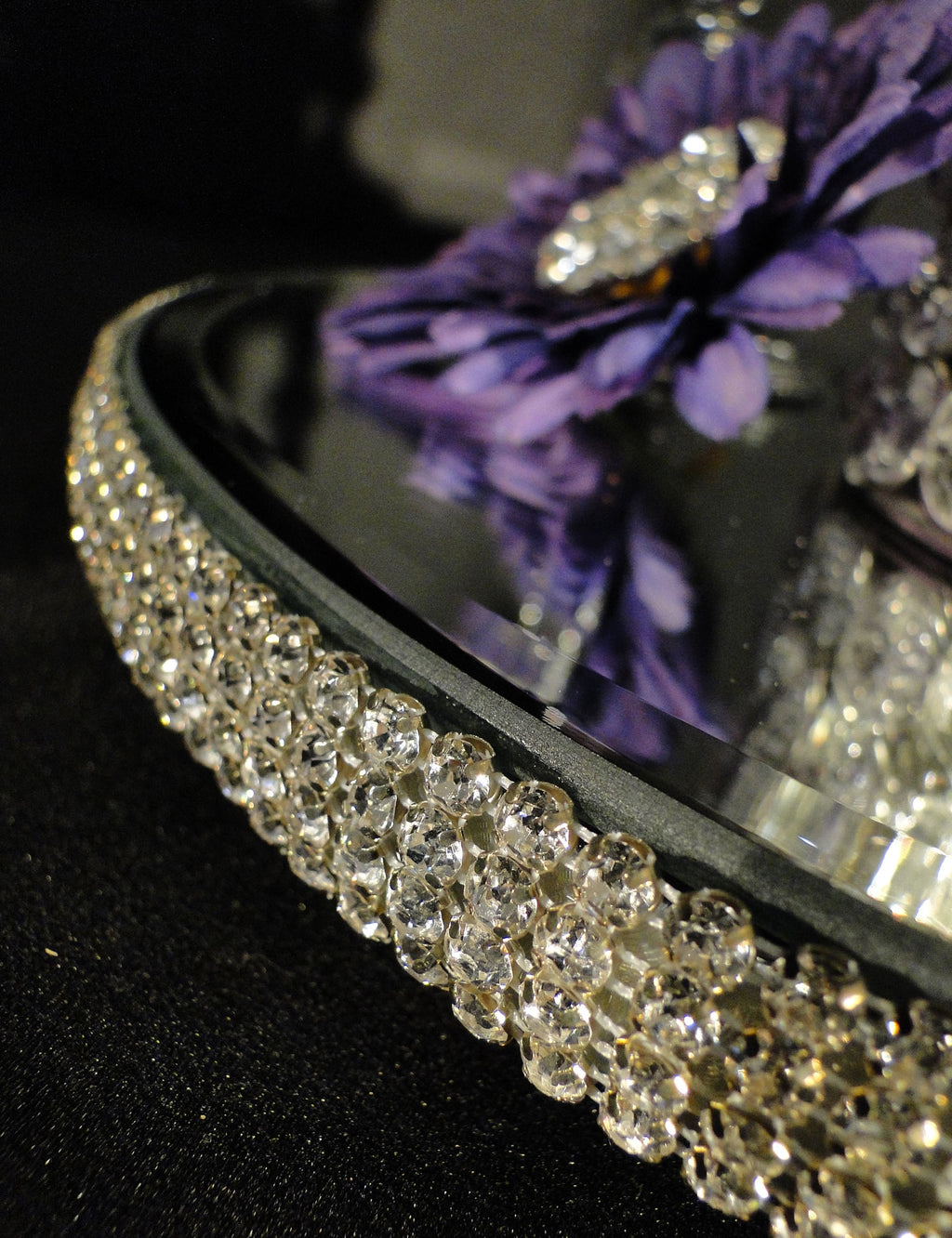 "LUCY Swarovski Rhinestone Elevated Centerpiece Mirrors 16"" DIA"
