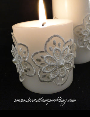 HEATHER Pillar Candle w/ Daisy Floral Wrap