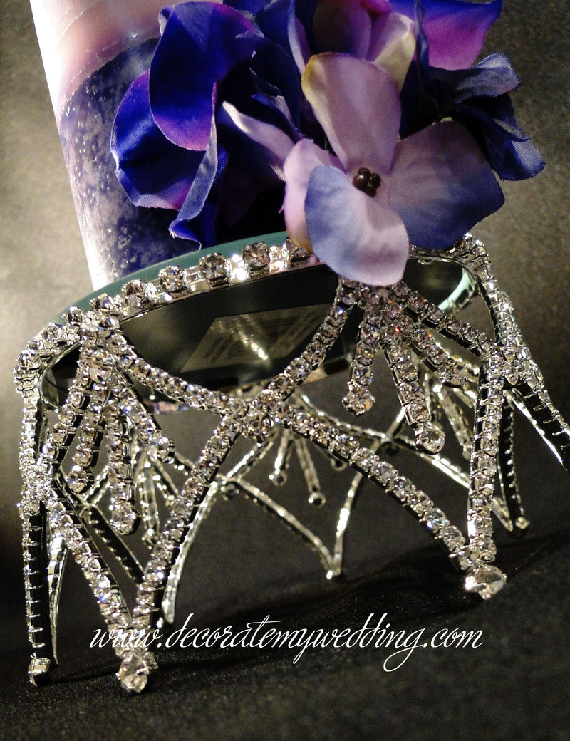 A close up look at the details of the Swarovski crystal rhinestones.