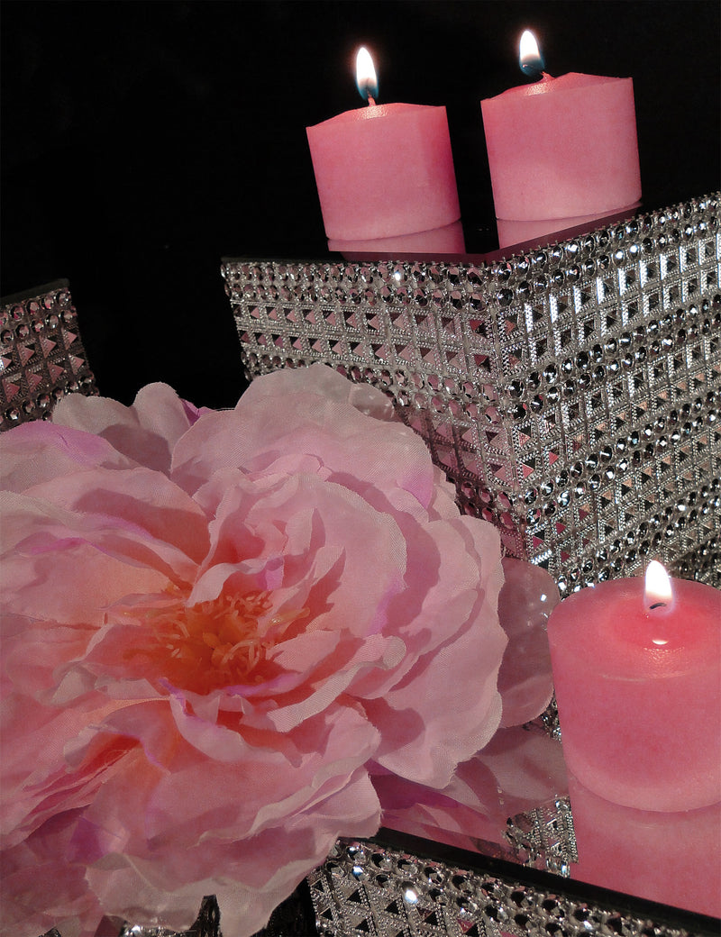 Centerpiece/Candle Riser KRISTEN SOLD OUT