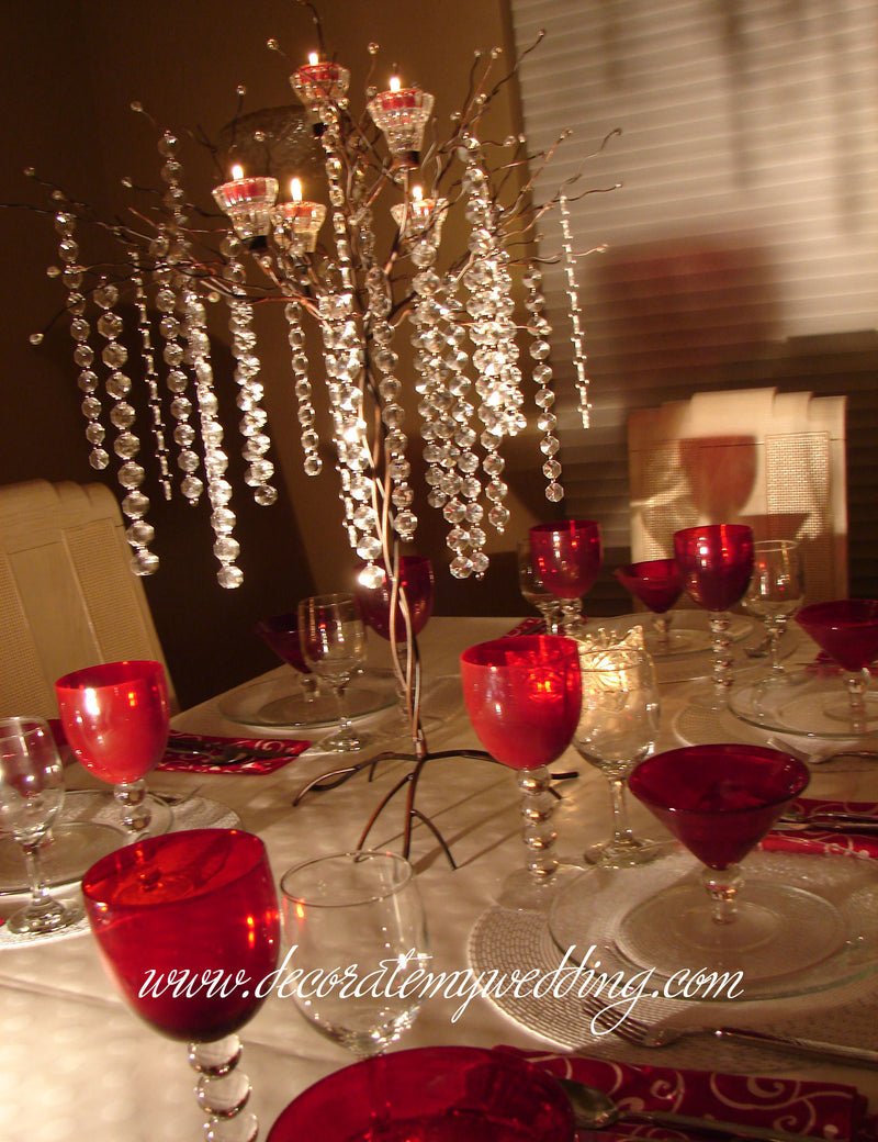 HOW TO USE – Add colored votive candles.
