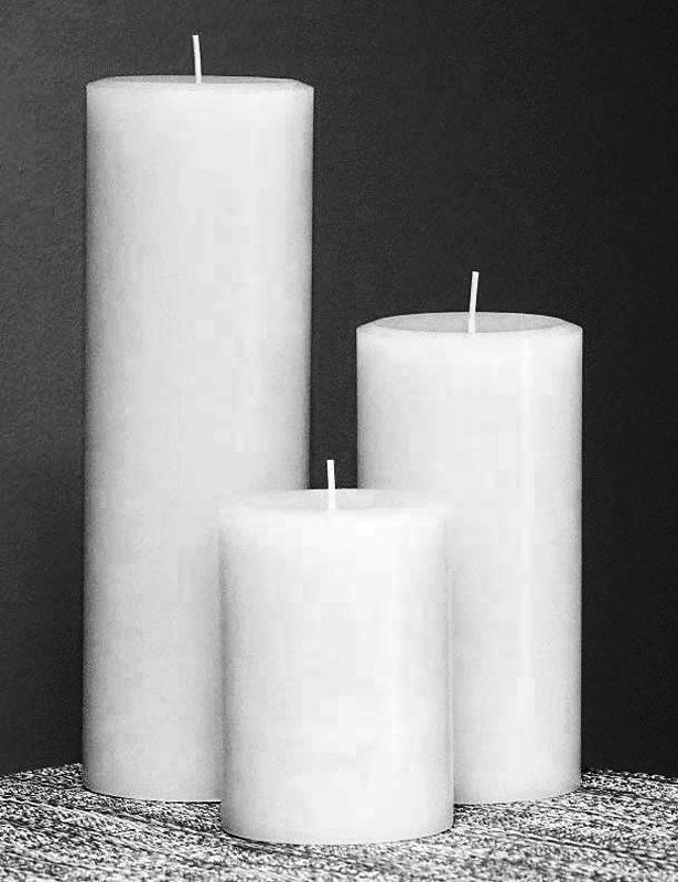 CANDLES Pillar White