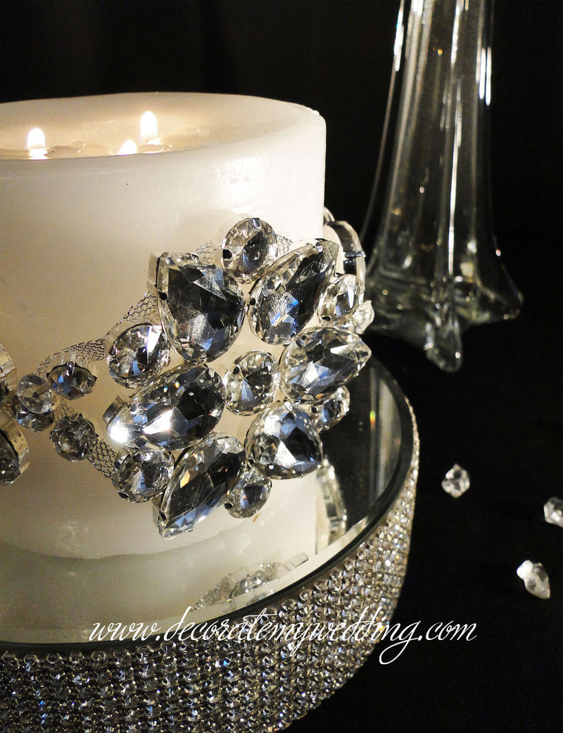 This rhinestone buckle can be wrapped around a pillar candle