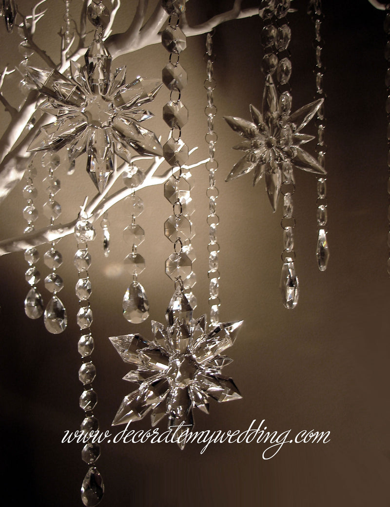 The snowflake tree kit consists of three different snowflake designs.