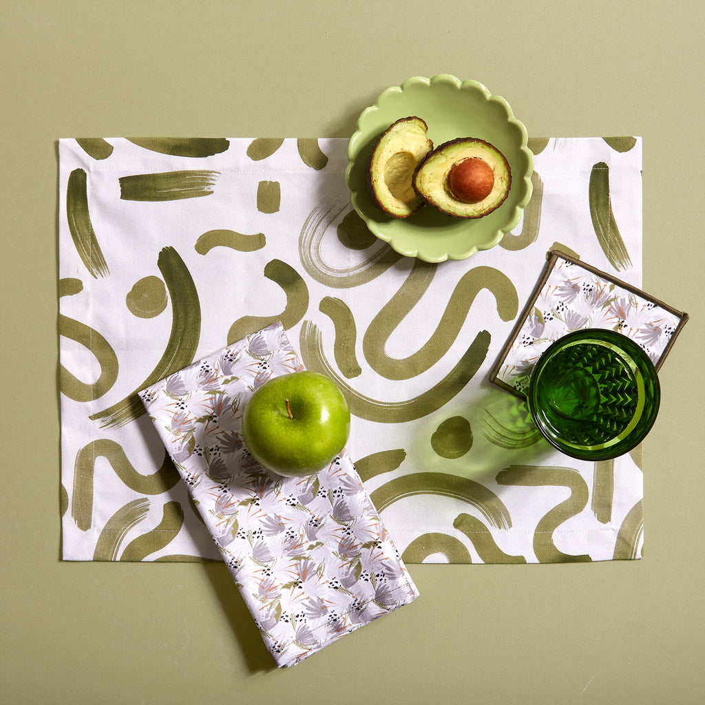 Hockney Placemats with Napkins