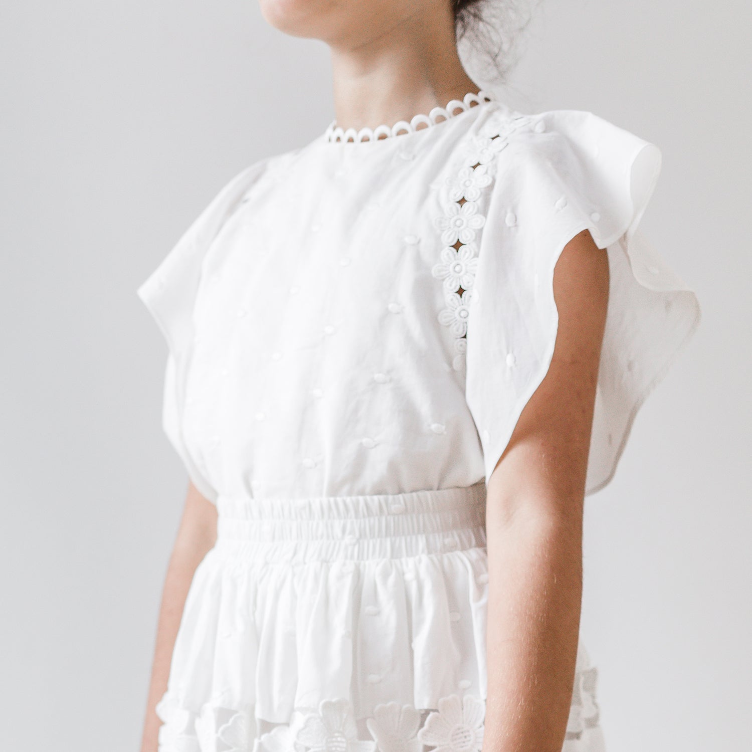 yoya, kids, girls, petite amalie, summer, lightweight, ruffle shoulder, sleeveless, embroidered, dressy casual, blouse, shirt, top