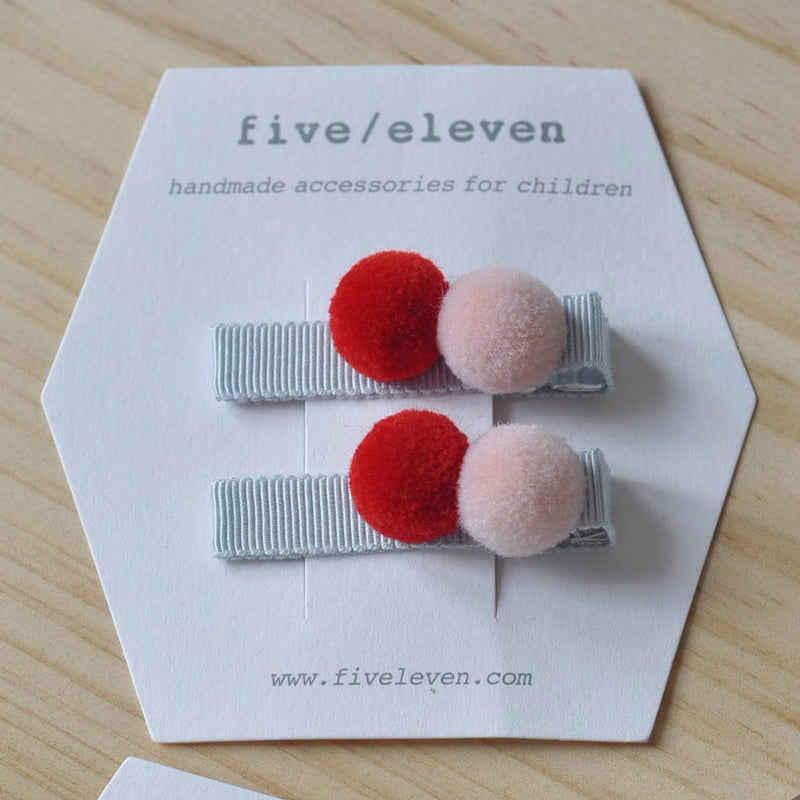 five/eleven pompom hair clip set (more colors)