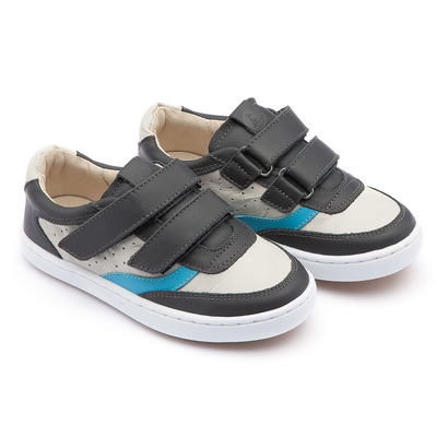 tip toey joey little street sneakers