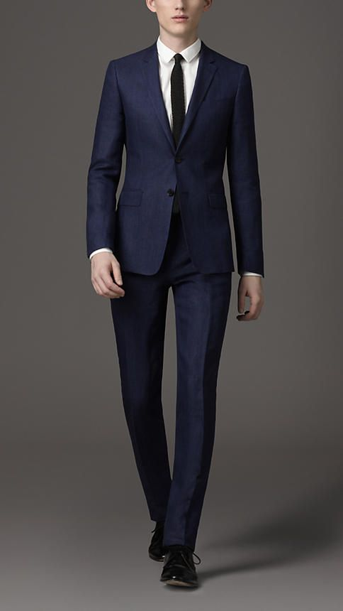LEO Mens Navy Wool Suit