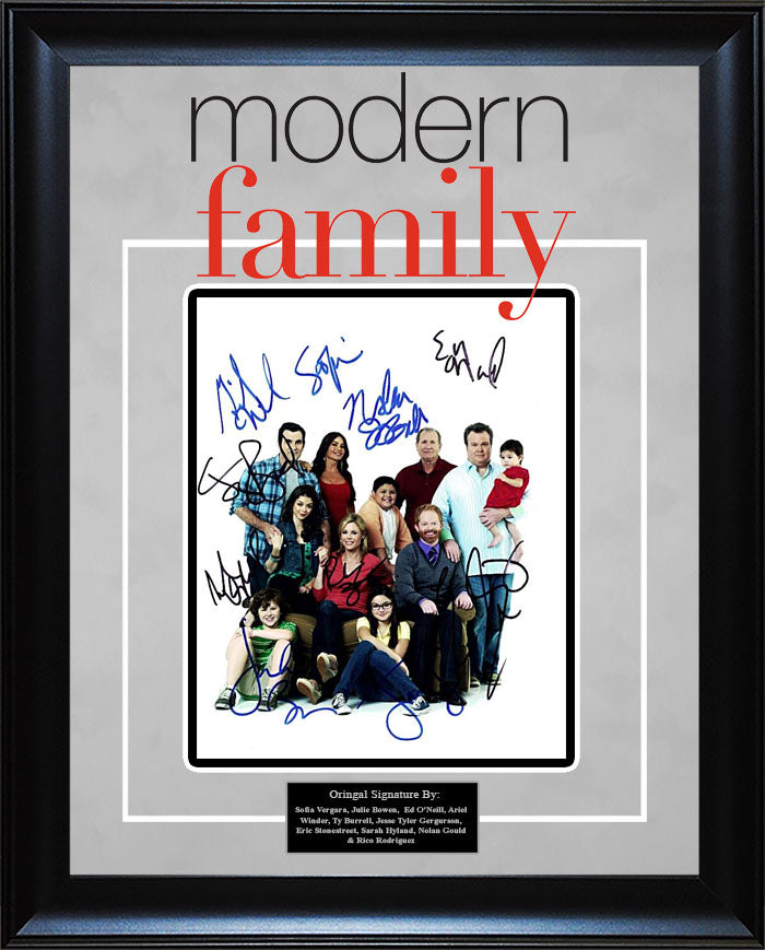 """Modern Family"" - Cast Signed 8x10 Photo"