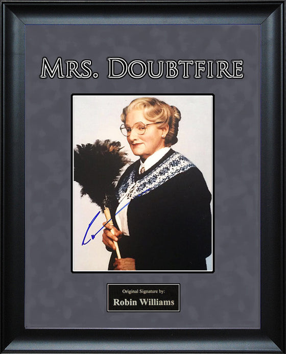 Mrs. Doubtfire - Robin Williams 11x14 signed photo