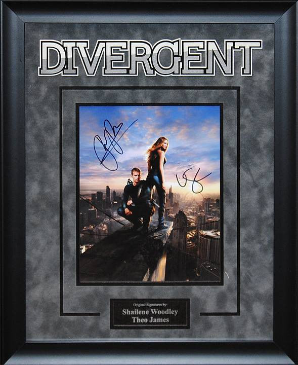 Divergent - Shailene Woodley and Theo James 8x10 signed photo