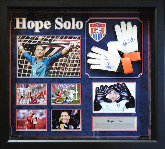 """US Women"" Hope Solo signed goal keeper gloves"