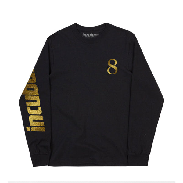 LONG SLEEVE TEE W/ GOLD 8
