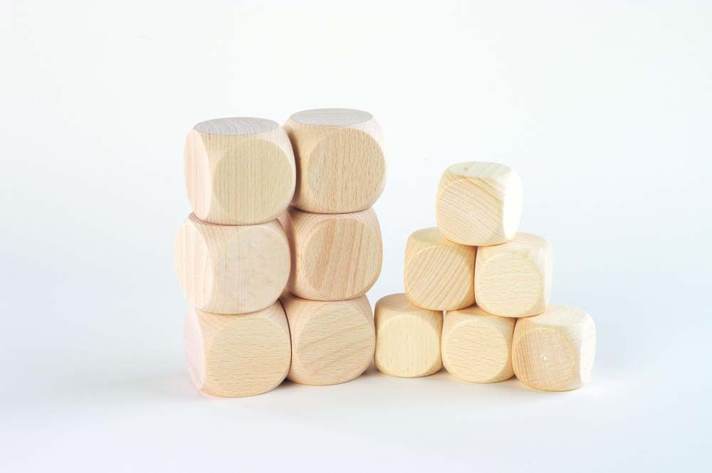Smooth Wooden Cube 40mm - Treasure Basket Single
