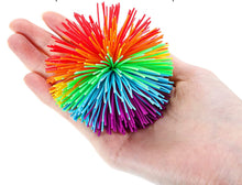 Load image into Gallery viewer, Silicone String Pom Ball 7cm