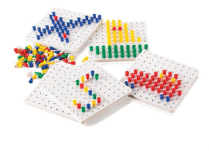 Peg Board & approx 200 Stackable Pegs