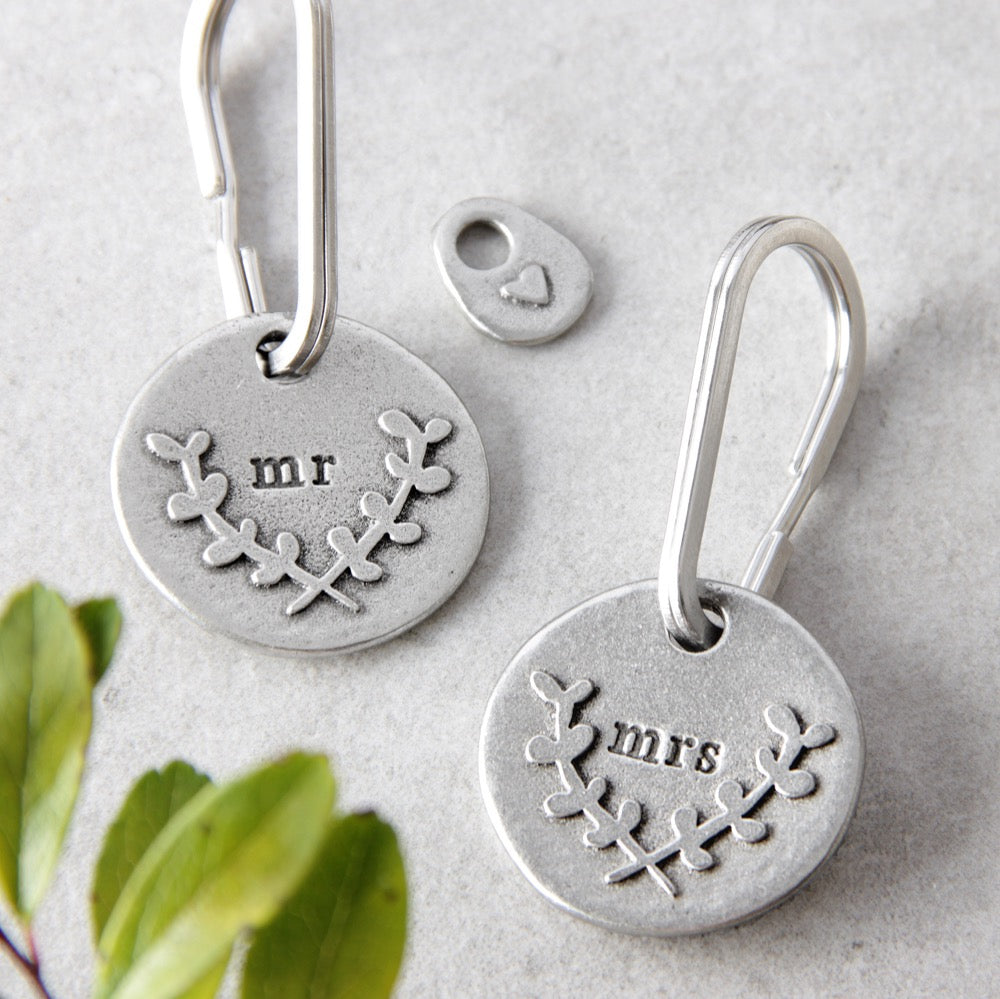 Mr and Mrs keyring