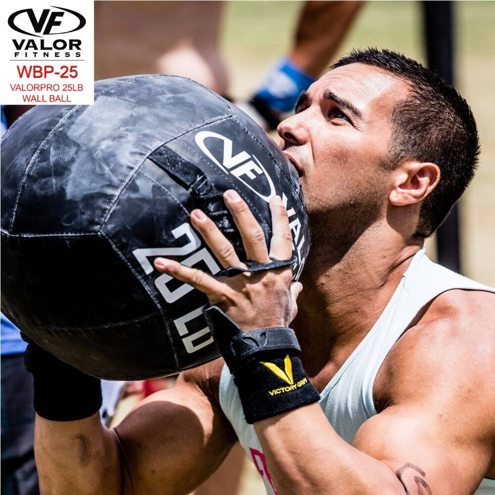 Valor Fitness WBP ValorPRO Wall Balls 25 Lbs Close Up