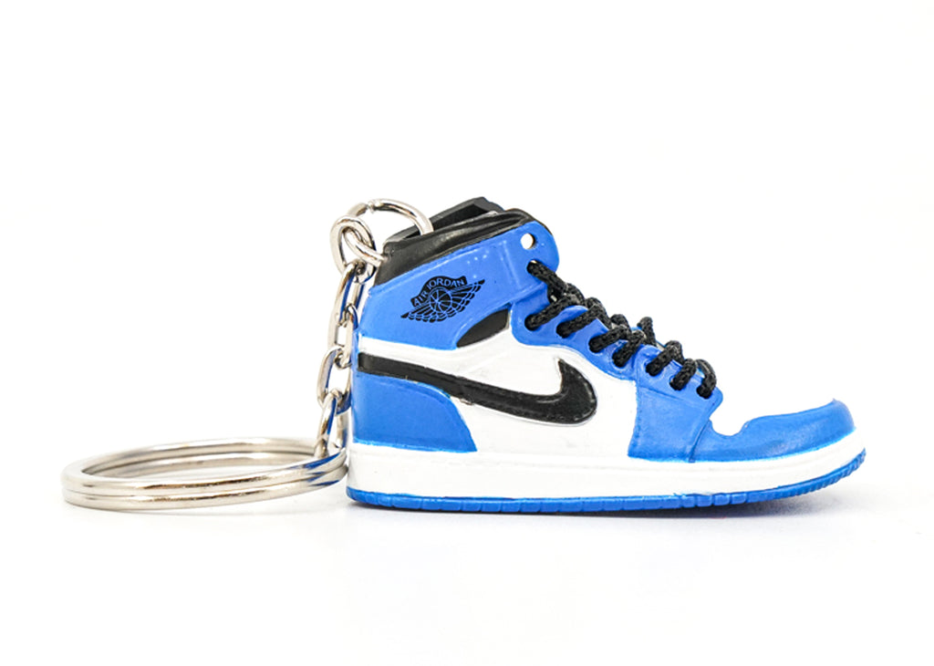 jordan 1 game royal keychain