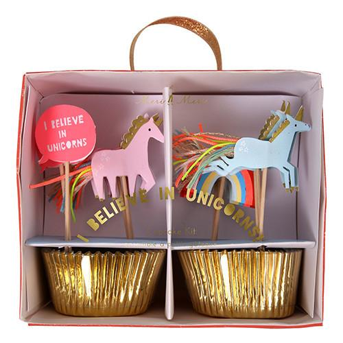 """I believe in unicorns"" Cupcake Kit Decor Meri Meri"