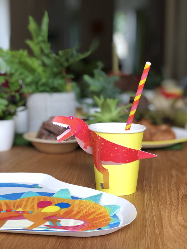 Party Dinosaurs T-Rex Cups Tabletop Talking Tables