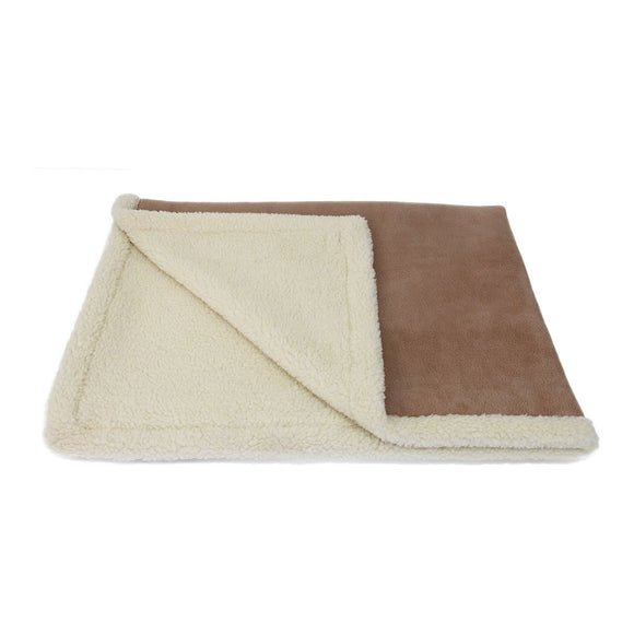 Reversible Sherpa and Fleece Blanket (Camel)