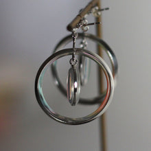 Load image into Gallery viewer, Luna Saturn Drop Earrings