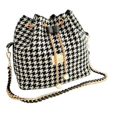 houndstooth drawstring bag with pearls on chain edgability