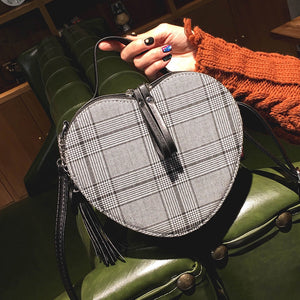 heart shaped bag checkered box bag edgability model view