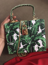 travel bag box bag tropical print edgability size view