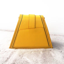 yellow bag sling bag triangle bag edgability back view