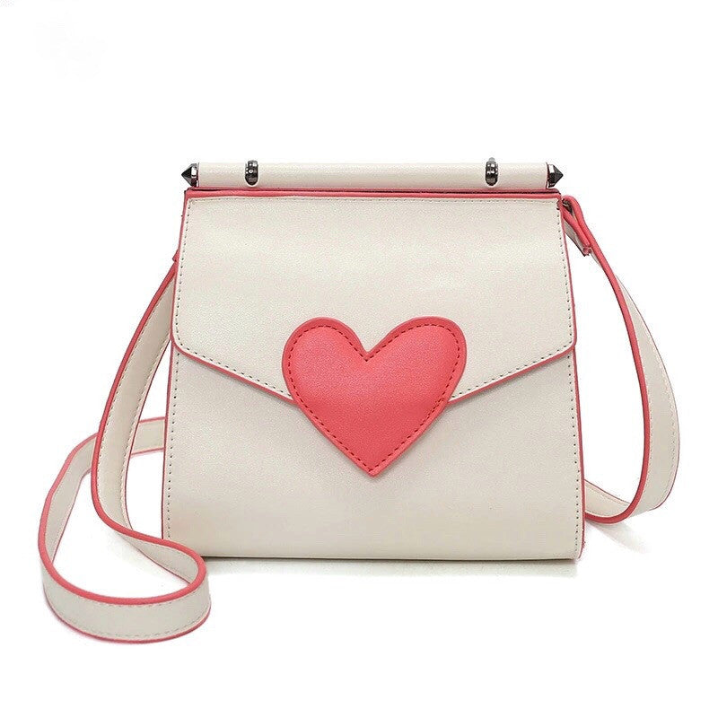 red heart on white shoulder bag edgability