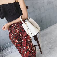 bucket bag white bag classy bag edgability model view