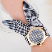 houndstooth scarf black white watch edgability