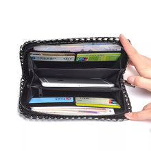 black wallet metallic wallet with chain edgability inside view