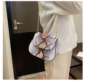 grey ombre snakeskin sling bag edgability model view