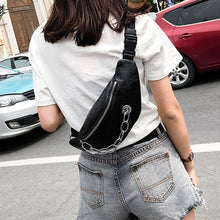 black belt bag bum bag waist bag edgability model view